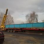 CELLDÖMÖLK vasúti híd trailerről vagonra daruzása (4)