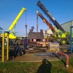 JOST Veszprém 70 tonnás présgép kitelepítése csarnokból, és trailerre daruzása